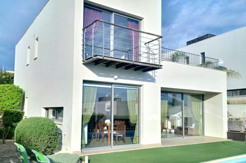 villa-santorini-2